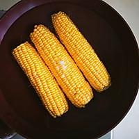 #一人一道拿手菜#这样煮出香甜软糯的玉米的做法图解3