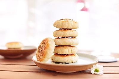 #美味烤箱菜,就等你来做!#豆沙小酥饼