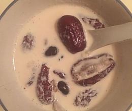 红枣牛奶的做法