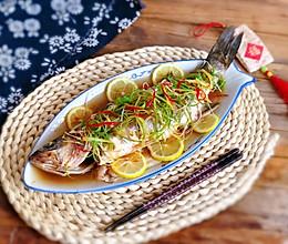 清蒸鱼不放料酒,也不腥不腻❗清蒸鲈鱼做法的做法