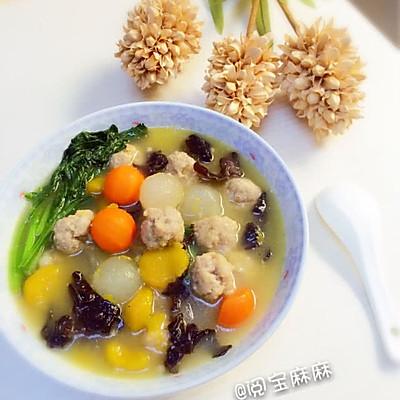 五彩果蔬肉丸汤