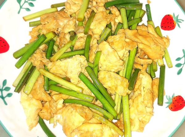 家常菜蒜苔炒鸡蛋 简单易学的做法