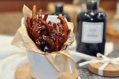 卤鸡爪—集酱香、五香、辣味、于一体的秘制卤鸡爪