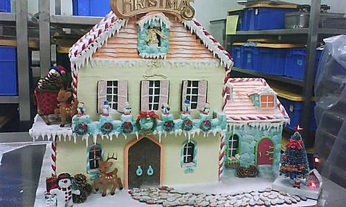 圣诞节的礼物-----圣诞姜饼屋的做法