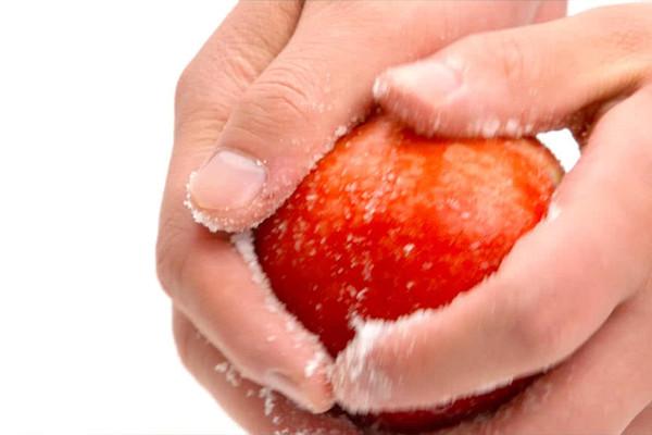5种方法洗水果 美食台的做法