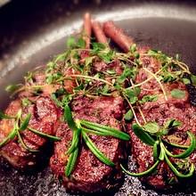法式红酒迷迭香烤羊排(烤箱菜)