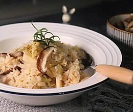 夏日懒人版五花肉竹笋焖饭的做法