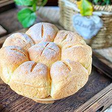 #餐桌上的春日限定#无油淡奶油小面包