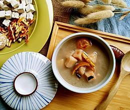 粉葛鲮鱼赤小豆汤的做法