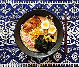 #餐桌上的春日限定#日式豚骨拉面的做法