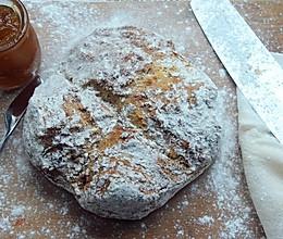 爱尔兰苏打脆皮面包——长帝烘焙节的做法
