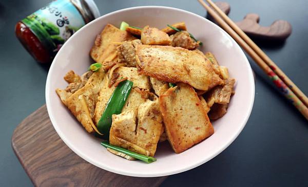 香菇酱烧豆腐的做法