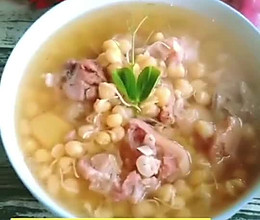 #以美食的名义说爱她#蹄花豌豆汤的做法