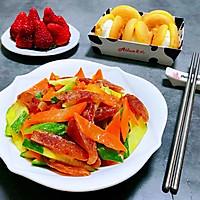 #元宵节美食大赏#黄瓜胡萝卜炒腊肠的做法图解11