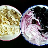 黑木耳炒豆皮丨清淡营养美味的做法图解1