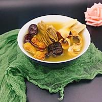 姬松茸茶树菇墨鱼汤的做法图解11