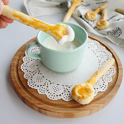 可以吃的勺子:黄金勺酸奶磨牙饼干