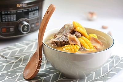 夏季长个高-牛骨响螺玉米汤