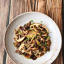 十分钟快手菜:蚝油黑椒杂菌