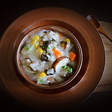 私房菜—胡萝卜玉米香菇海参粥