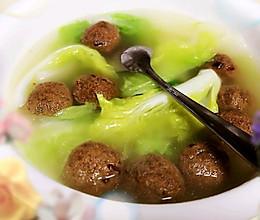 #炎夏消暑就吃「它」#豆腐丸子白菜汤的做法
