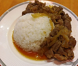 日式便当~牛丼(dong)饭的做法