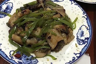 湖北菜-辣椒炒半干魚