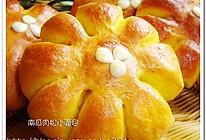 南瓜肉松小面包的做法