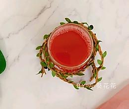 #美食视频挑战赛# 细腻无渣爽口无籽西瓜汁的做法