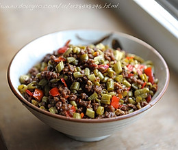 酸豇豆炒肉末的做法