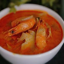 【泰式冬阴功汤】酸辣鲜美,激活你的味觉。