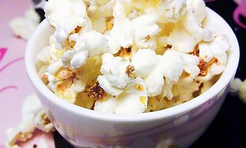 微波炉奶香爆米花的做法