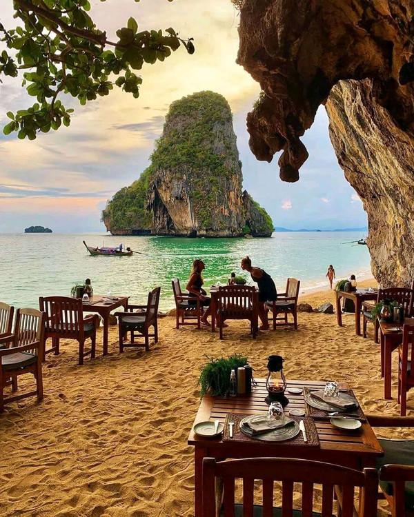 缅甸新世界丨16606906126美食街的做法