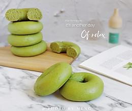 春日物语丨菠菜贝果面包#餐桌上的春日限定#的做法