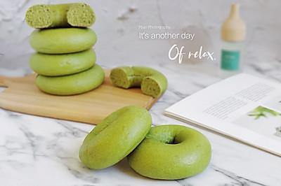 春日物语丨菠菜贝果面包