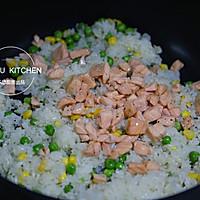 三文鱼炒饭的做法图解7