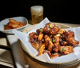 韩式炸鸡块 - 传统韩式辣酱味加炸年糕的做法