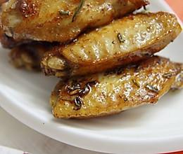 用西式香草与中式姜葱做一道中西合璧菜——迷迭香鸡翅 的做法