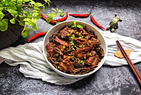 #硬核菜谱制作人#干豆角炖排骨的做法
