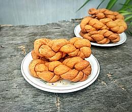 #憋在家里吃什么#酥脆小麻花的做法