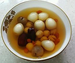 桂圆莲子糖水-补气补血、安神的做法