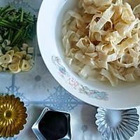 好吃又好做,快手蒜瓣炒豆皮#今天吃什么#的做法图解1