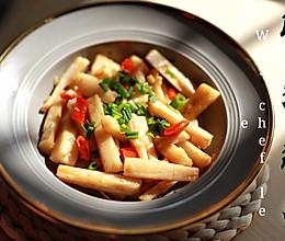 家常小炒丨超级简易丨厨男厨娘必备 脆爽藕条 ~的做法