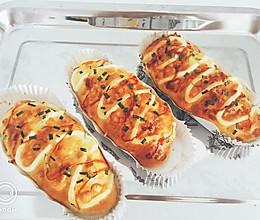 马苏里拉爆浆肉松面包的做法