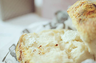 帕玛森羊奶酪面包