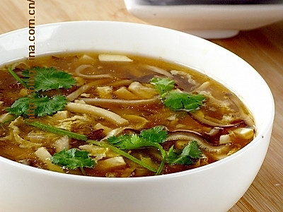 祛寒暖肚酸辣汤的做法