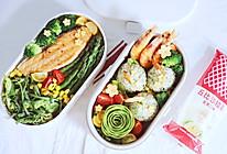 三文鱼西兰花虾仁饭团便当的做法