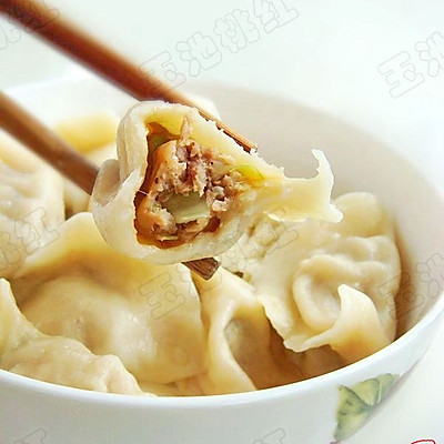 圆白菜猪肉馅饺子