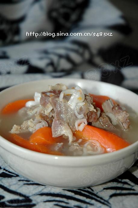 胡萝卜羊肉汤的做法