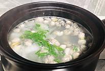 白菜生蚝汤,汤鲜蚝嫩的做法
